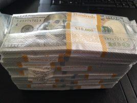Us-dollars-2